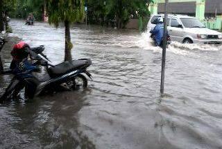 Hujan Satu Jam, Beberapa Titik Di Tanjungpinang Banjir