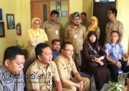 Dewan dan Kadisdik Sidak, Kepsek SMA N 1 Tanjungpinang Pucat