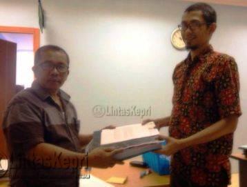 LSM ICTI-Ngo Laporkan Komisioner Panwaslu Anambas Ke Kejati Kepri
