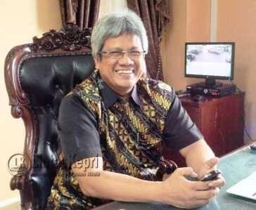 Rektor UMRAH Marah Terkait Firdaus Mundur