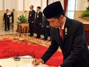 Berikut Pejabat Yang Ikut Rapat Terbatas Dengan Jokowi di Natuna