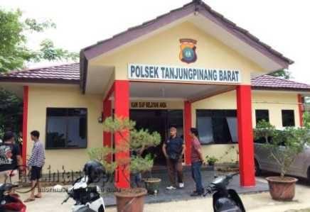 Kantor Polsek Tanjungpinang Barat.
