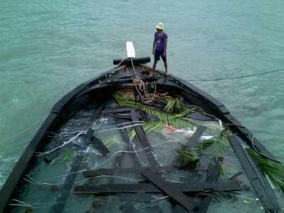 KM. berkah Utama yang karam di Perairan Lingga.
