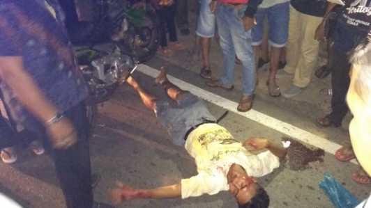 Diteriaki maling oleh Kasir Swalayan Global seorang pria tertabrak sepeda motor