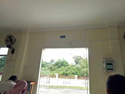 Ruang Tunggu Sidang Pengadilan Agama Tanjungpinang yang biasanya terdapat TV kini tak terlihat pasca digasak maling.