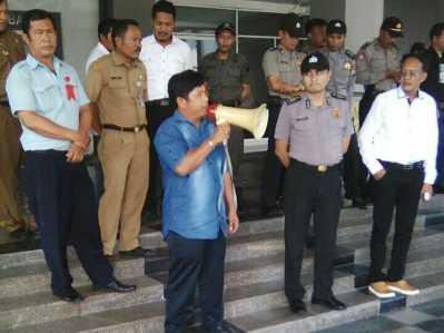 Jurado Siburian, Anggota DPRD Batam.