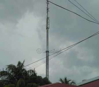 Inilah tower di Gudang Minyak yang tak kunjung di segel oleh anggota Satpol PP Tanjungpinang.