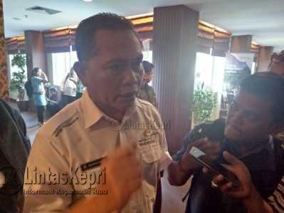Kepala Dinas Pariwisata Provinsi Kepri, Buralimar.