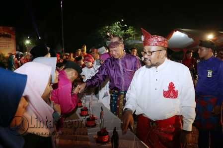 Walikota dan Wakil Walikota Tanjungpinang, Lis-Syahrul diacara Musabaqah Tilawatil Qur'an (MTQ) XItingkat KotaTanjungpinang