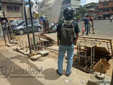 BUMD Tanjungpinang Bangun Videotron Tanpa Izin