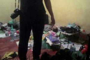 Raman saat ditemukan tidak bernyawa di kamar kosnya di Jalan Hutan Lindung, Kota Tanjungpinang.