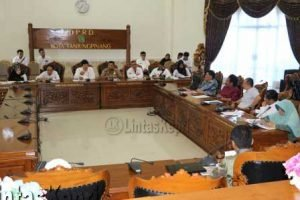 RDP terkait penimbunan yang digelar DPRD Tanjungpinang tanpa dihadiri PT. Sinar Bahagia.