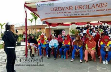 Kepala BPJS Kesehatan Cabang Tanjungpinang dr. Lenny Marlina di acara Gebyar Prolanis.