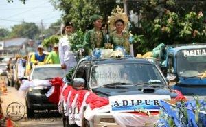 Arak-Arakan Piala Adipura Kabupaten Bintan.