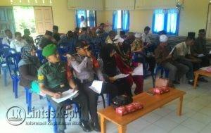 Para tamu undangan dan masyarakat Ranai Darat yang hadir.