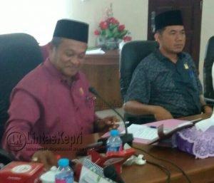 Ketua Komisi I, Wan Sofian dan Ketua Komisi III, Harken.