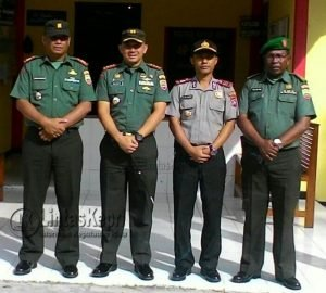 Dari kiri, Kapten Arh. Bambang Hendratno, Letkol Inf. Yusuf Rizal, S.Sos, AKP. Frengky Marianus Manik dan Kapten Inf. Narta.
