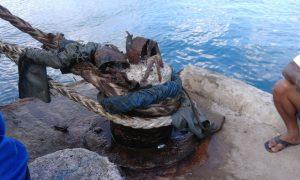 Tampak border di Pelabuhan Selat Lampa Natuna telah hancur, sehingga tali kapal rawan terlepas.