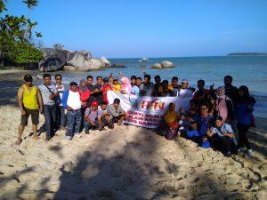 Pers Natuna Solidarity rayakan HPN 2018 di Pantai Batu Kasah.