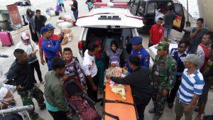 Pasien Neisya saat tiba di Pelabuhan Selat Lampa, Natuna.