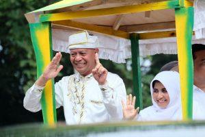 Paslon Wali Kota dan Wakil Wali Kota Tanjungpinang Syahrul - Rahma saat kampanye.
