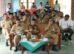 Para tamu undangan dan peserta sosialisasi yang hadir.