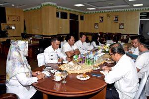 Rapat Persiapan MTQ ke X Natuna di Pulau Tiga.