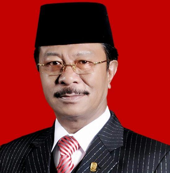 Ketua DPRD Kepri, Jumaga Nadeak.