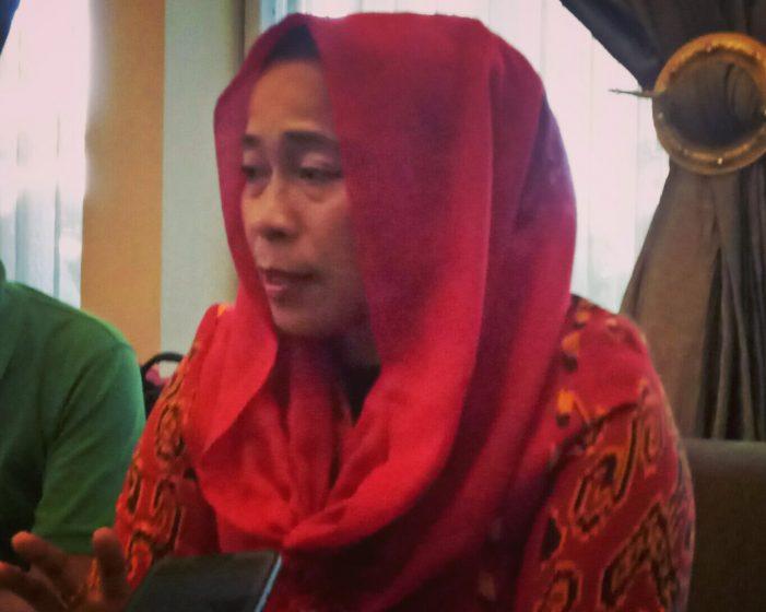 Dwi Ria Latifa.
