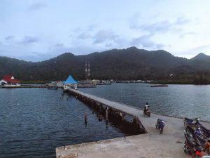 Pelabuhan Serasan, sebagai salah satu pintu masuk utama ke Kecamatan Serasan dan Serasan Timur.