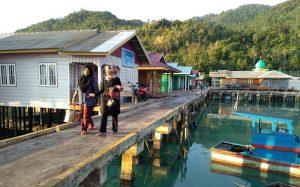 Salah satu sudut Desa Sabang Mawang Barat, Kecamatan Pulau Tiga.