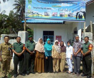 Foto bersama usai penyuluhan KB di Desa Sebadai Hulu.