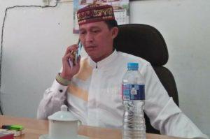Eri Marka alias Buyung, Anggota DPRD Natuna, saat ditemui awak media diruang kerjanya .