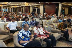 Bupati Natuna Abdul Hamid Rizal, tampak duduk diantara tamu undangan lainnya.