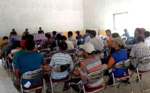 Suasana Sosialisasi Rencana Pembagian 1000 Sertifikat Tanah Gratis di Desa Semedang.