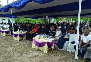 Gubernur Kepri bersama para tamu undangan lainnya.