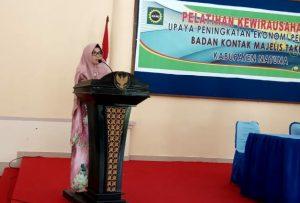 Sambutan Ketua BKMT Natuna, Nurazizah.