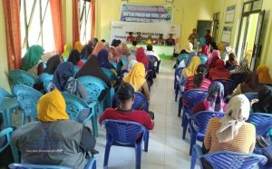 Suasana Sosialisasi BPNT di Aula Kantor Kecamatan Serasan Timur.