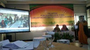 Ketua Bidang Perlindungan Anak PUSPA Bahari Natuna, Syamsuriana, saat menyampaikan Best Practice.