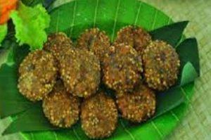 Kernas merupakan salah satu makanan khas Natuna, yang terbuat dari daging ikan tuna, sagu butir dan tepung.