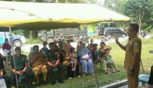 Acara pelayanan kesehatan dan KB gratis di Desa Binjai, Kecamatan Bunguran Barat.