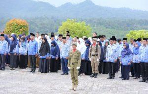 Para ASN dilingkungan Pemerintah Kabupaten Natuna, saat mengikuti upacara Hari Kesaktian Pancasila.