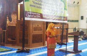 Wabup Natuna Hj. Ngesti Yuni Suprapti saat menyampaikan kata sambutan.