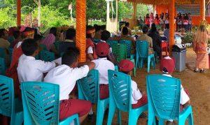 Suasana berlangsungnya acara pisah sambut Pengajar Muda dan Yayasan Indonesia Mengajar tahun 2019, di Kecamatan Bunguran Batubi, Kabupaten Natuna, Provinsi Kepulauan Riau (Kepri).