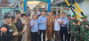 Tampak para anggota dari jajaran Koramil 03/Sedanau saat foto bersama rombongan Menteri Kelautan dan Perikanan RI Edhy Prabowo.