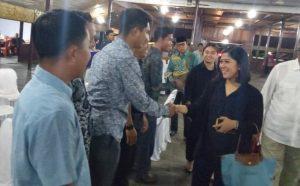 Ketua dan Anggota DPRD Natuna ketika menyambut Ketua Komisi I DPR RI.
