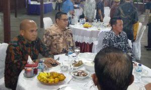 Dari kiri, Ketua Komisi I Wan Arismunandar, Daeng Amhar dan Eri Marka.