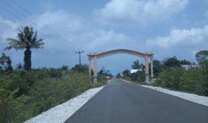 Gapura masuk Kecamatan Bunguran Batubi, Kabupaten Natuna.