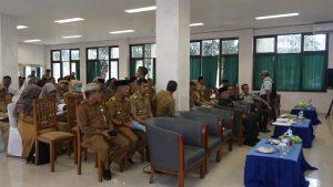 Para tamu undangan dan peserta Musrenbang wilayah I tingkat Kecamatan di Kabupaten Natuna.