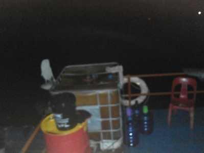 Penjaga Tongkang: Itu Dipindahkan Agar Tidak Terjadi Pencemaran Laut Lebih Parah